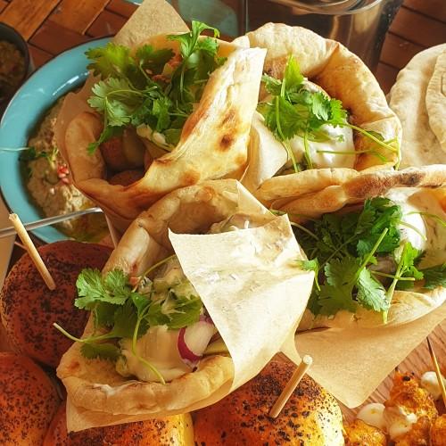 pita/ falafel / sos tahini